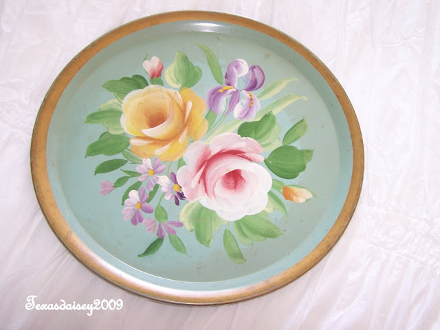 Texasdaisey sharing A Bit O The Green vintage collection tolle tray