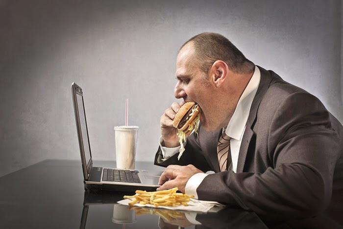 نظام غذائي صحي أثناء العمل