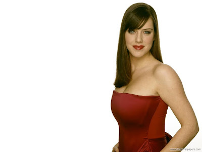 Michelle Ryan Actress and Model Latest Wallpaper