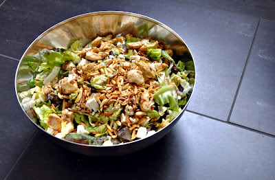 Summer Salad with Chicken, Feta & Almond // Sommer Salat mit Poulet, Feta & Mandeln