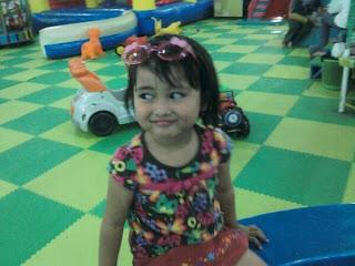 Foto-foto lucu Kinara Naya Little Miss Indonesia SCTV: