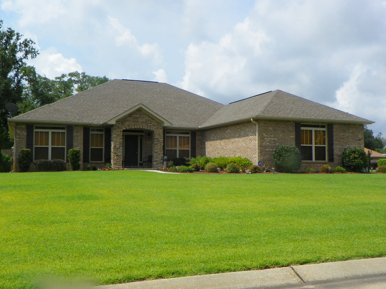 Love to live in pensacola florida neighborhood profile for Milton home builders