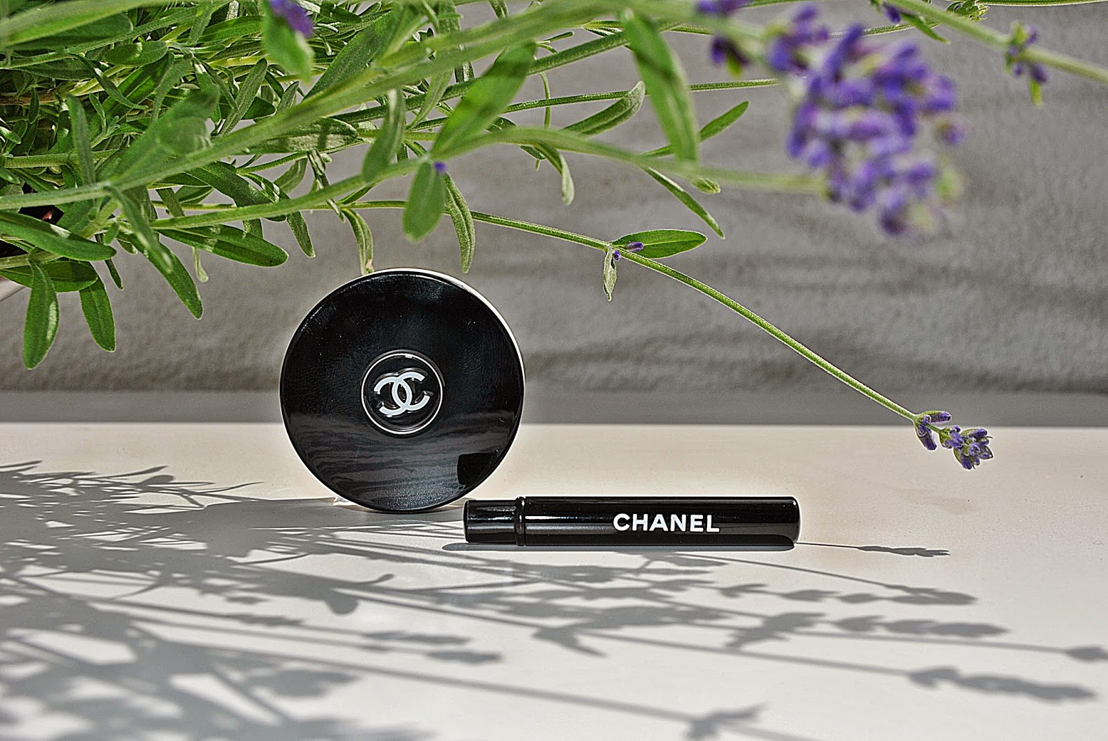 CHANEL ILLUSIONS D'OMBRE - 82 EMERVEILLE