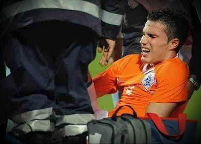 Van Persie injured his thigh in a match with Hungary