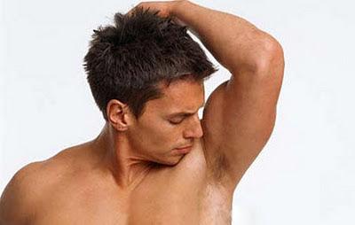 Cara alami menghilangkan bau badan
