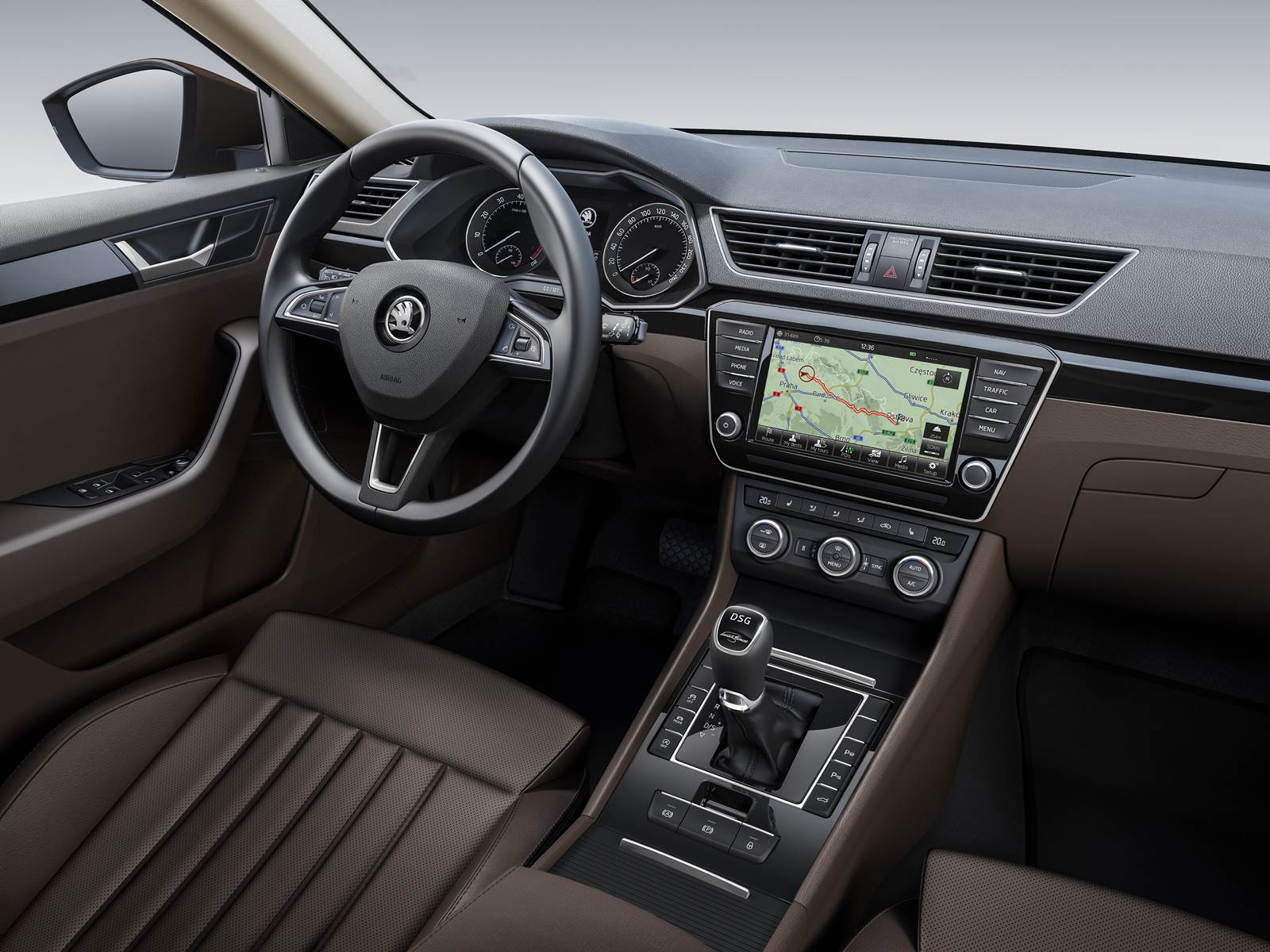 Novo Skoda Supeb 2016 - interior