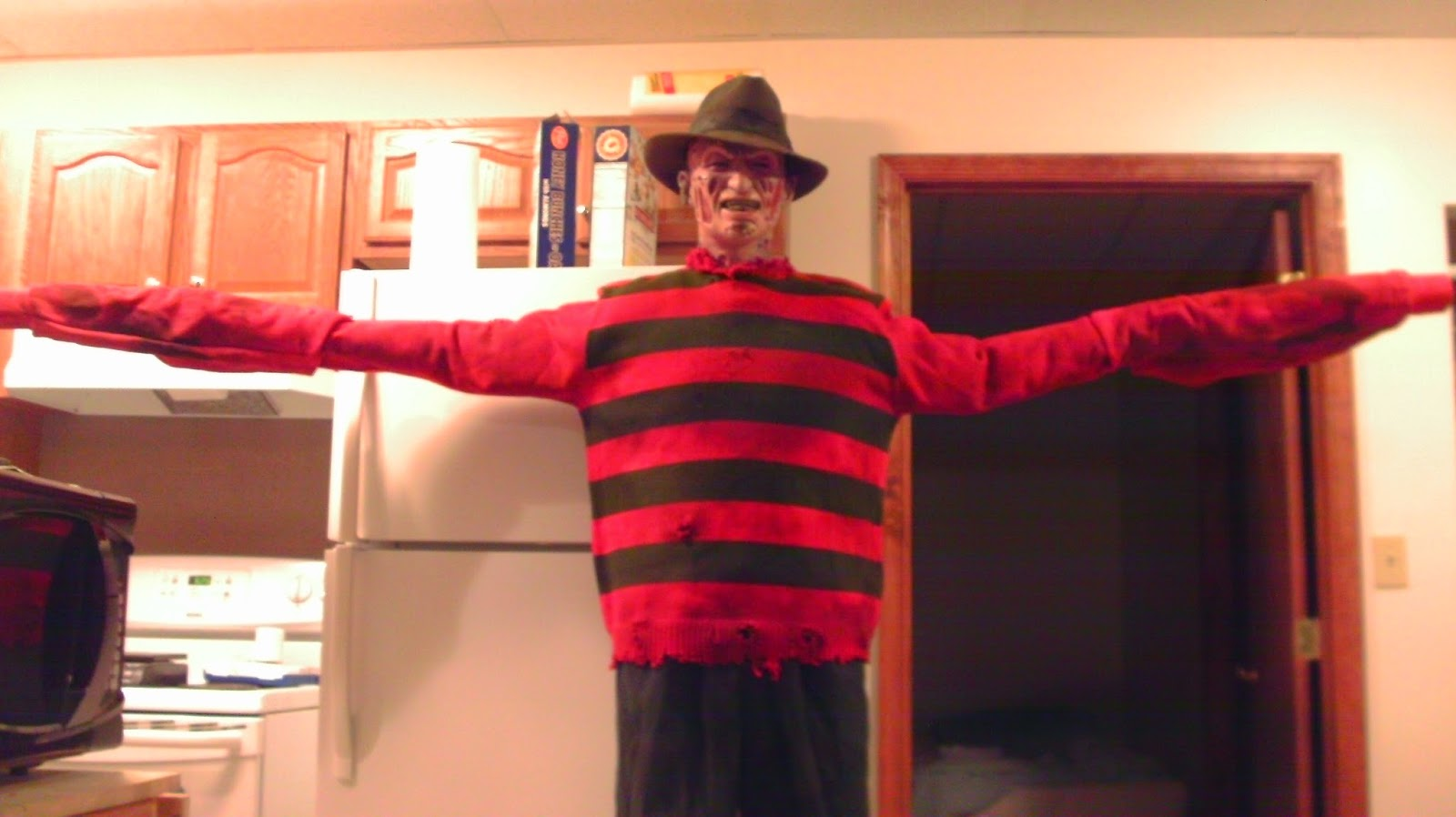 Freddy Kruger Long Arms Halloween Costume