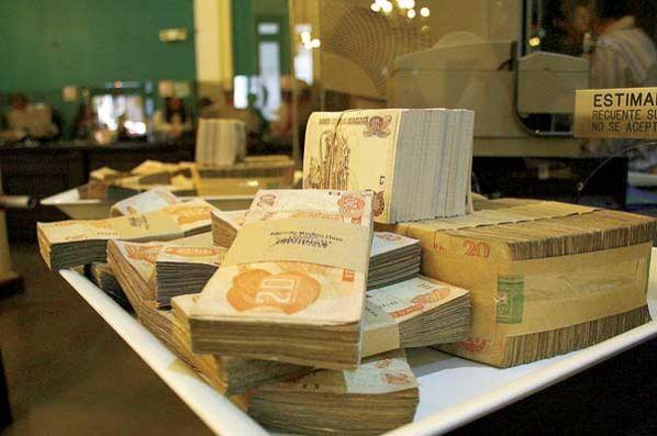 gastos en Bolivia