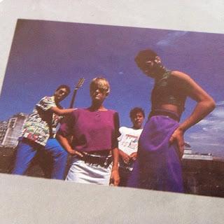 [REVIEW] A banda na visão do fã. Defalla, por Edson Carvalho