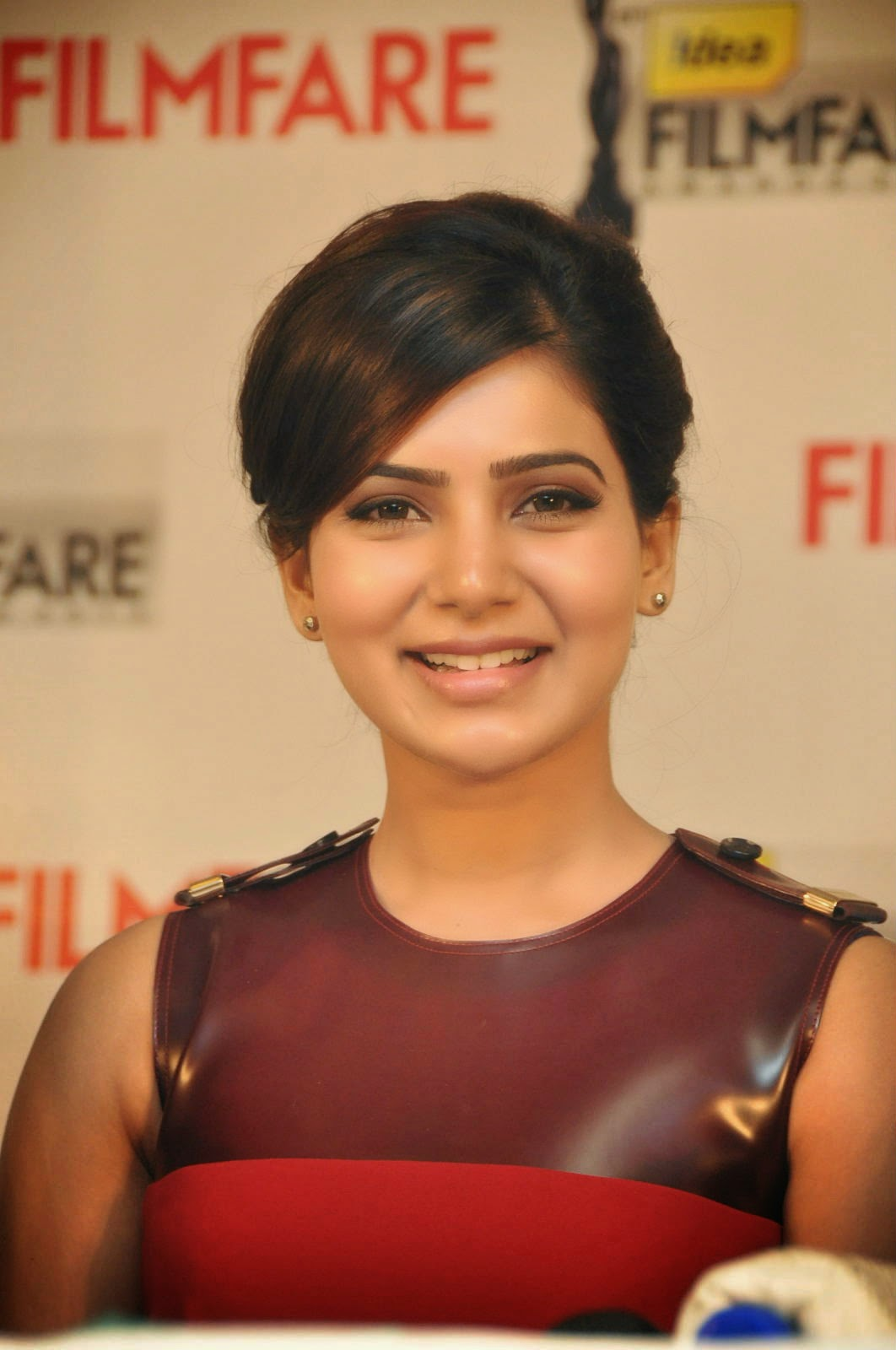 Samantha Prabhu at Flimfare Awards Press Meet