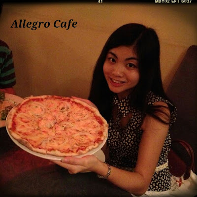 joyce and salmon pizza