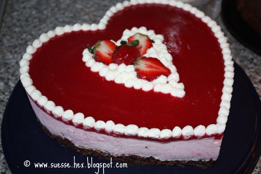 Erdbeer joghurt torte herz