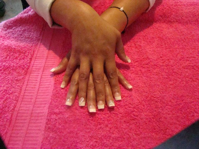 Acrylic-extensions-with-LED-polish-manicure-designs-made-with-LED-polish-Acrylic-sculpt-extensions-Classic-French-white-nails-acrylic-backfill-LED-polish-Pedicure-Gel-Nails-Polish-LED-Polish-LED-Nails-Manicure-Acrylic-Nails-Nail-Art
