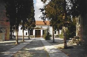 Οι εκκλησίες  του Βελβεντού