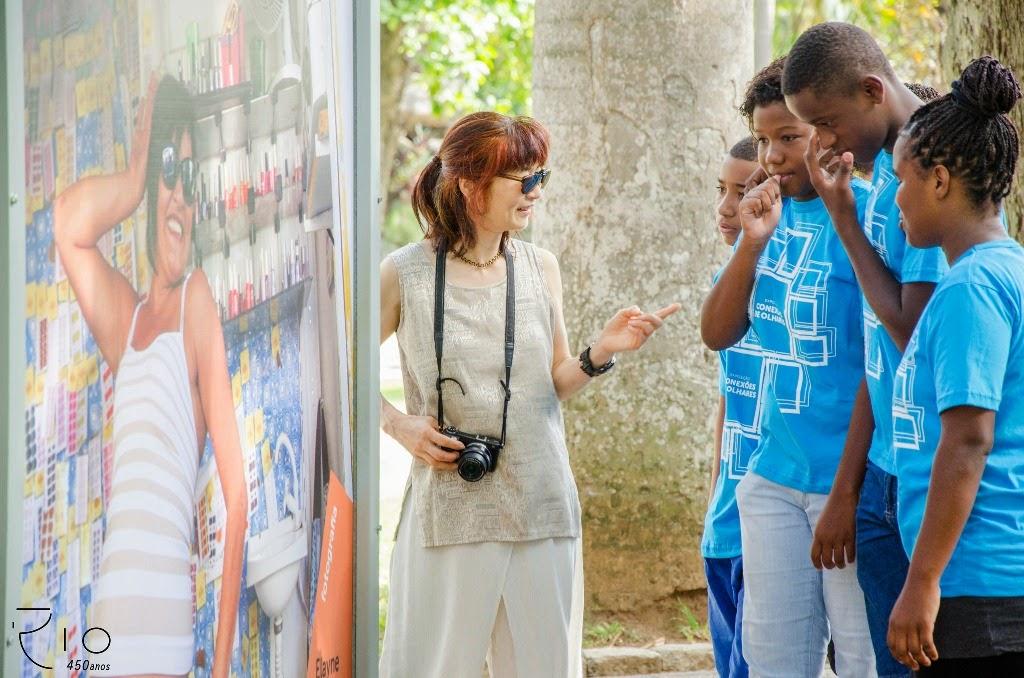 Exposição reúne fotos feitas por jovens de comunidades com UPPs do Rio