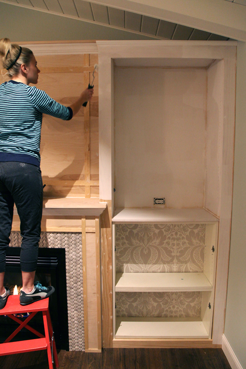 Iheart organizing diy fireplace built in tutorial solutioingenieria Gallery