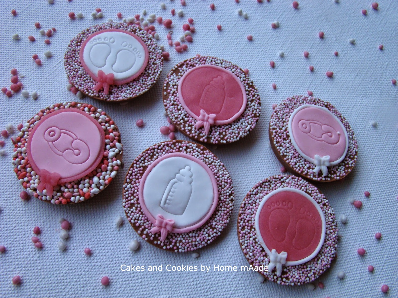Cakes and cookies by home maade: april 2015