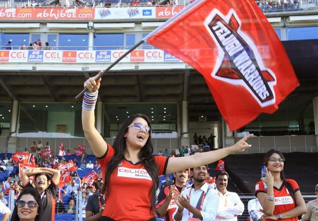 CCL matches hot Pics from telugu warriors Hot Pics Free download 2014