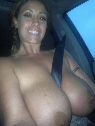 Nackt Bilder : Parkplatzsex Luder mit Hängetitten   nackter arsch.com