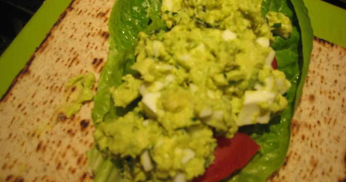 Lemon and Cheese: Skinny Avocado Egg Salad Wrap