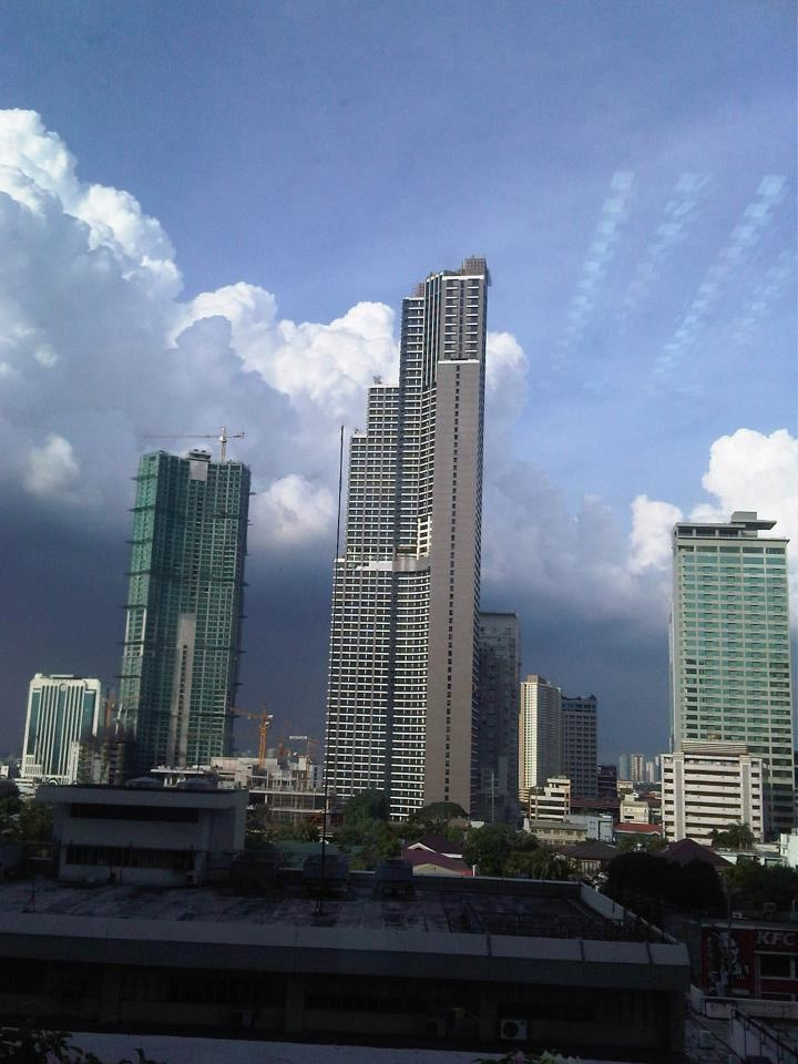 tallest building in the philippines