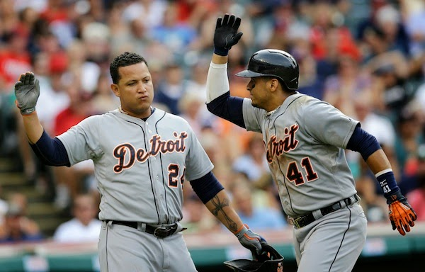 Victor Martinez earns American League Player of the Month honors