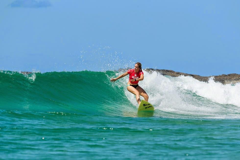 4 Roxy Pro Gold Coast 2015 Bianca Buitendag Foto WSL Kelly Cestari