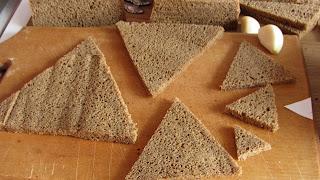 "хлеб для салата ""Пирамида"""