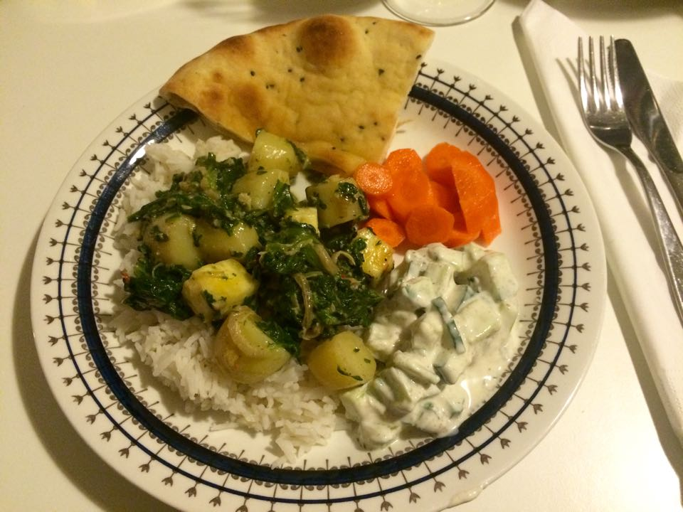 how to make saag aloo paneer