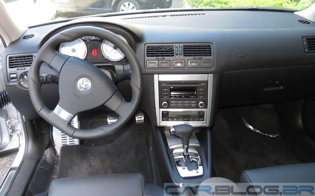 VW Golf Sportline 2.0 Automático - interior