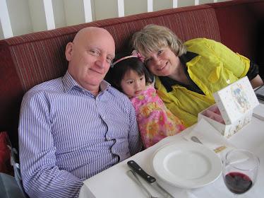 Papa et Maman et Noémi en attente de Lilly-Anne