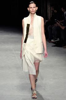 Lässige Kleidung - Damir Doma Sammlungen und Julien David Frühling - Sommer 2012 - Paris Fashion Week