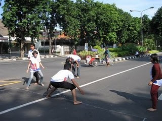 Permainan anak anak di Indonesia....!!!