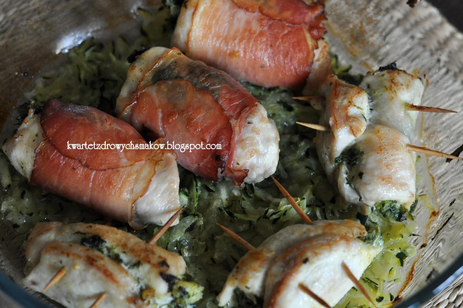 Drobiowe roladki ze szpinakiem i kaszą jaglaną