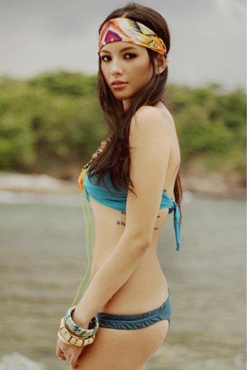 ellen adarna sexy bikini photos 04