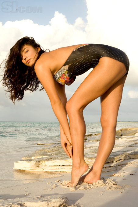 jessica gomes body paint photos 01
