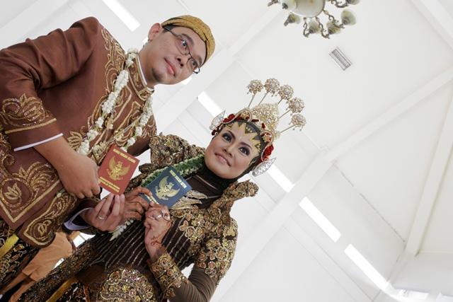 Mr & Mrs Wira Medika