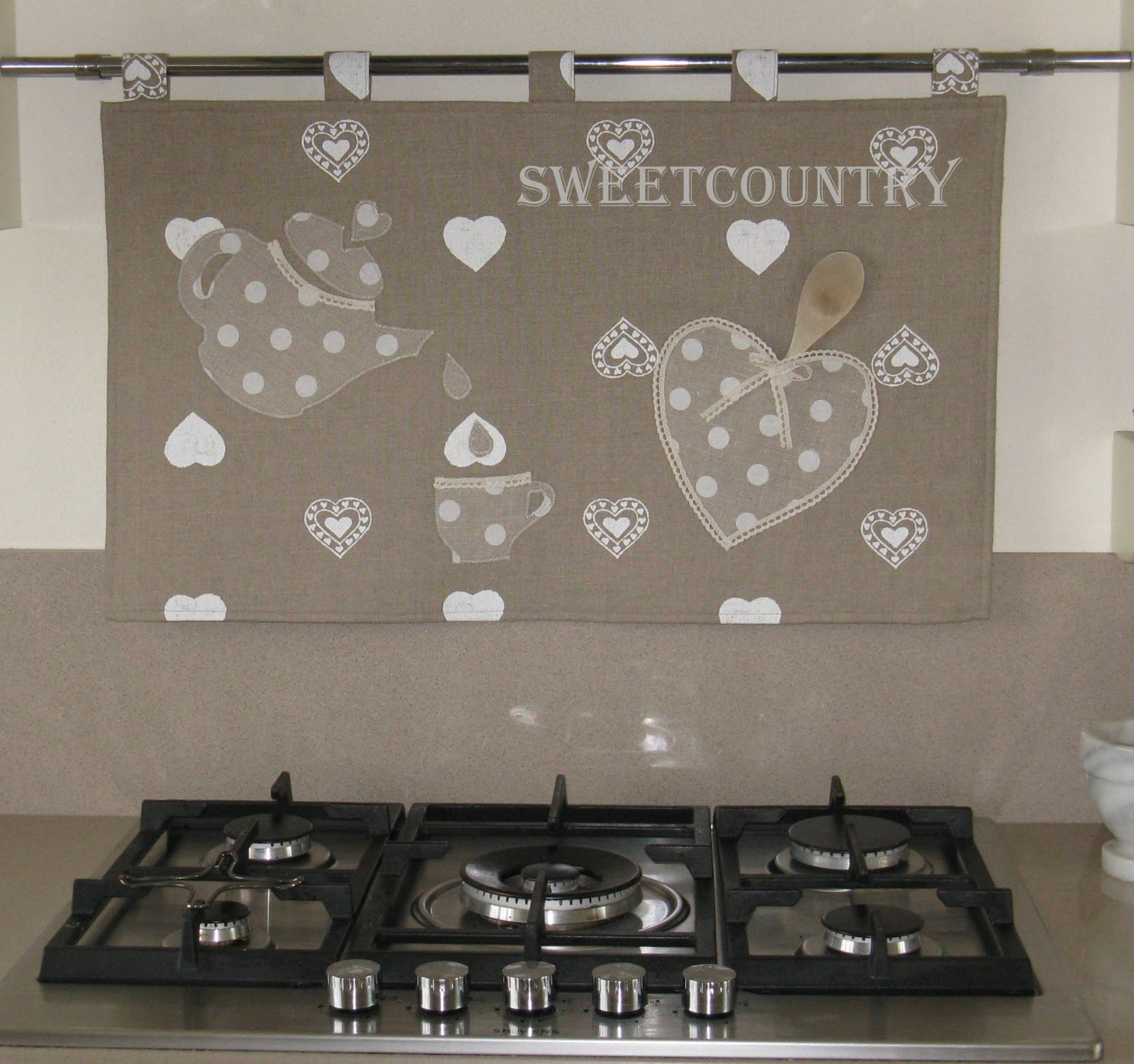 Sweetcountry un pannello in cucina for Pannello decorativo cucina