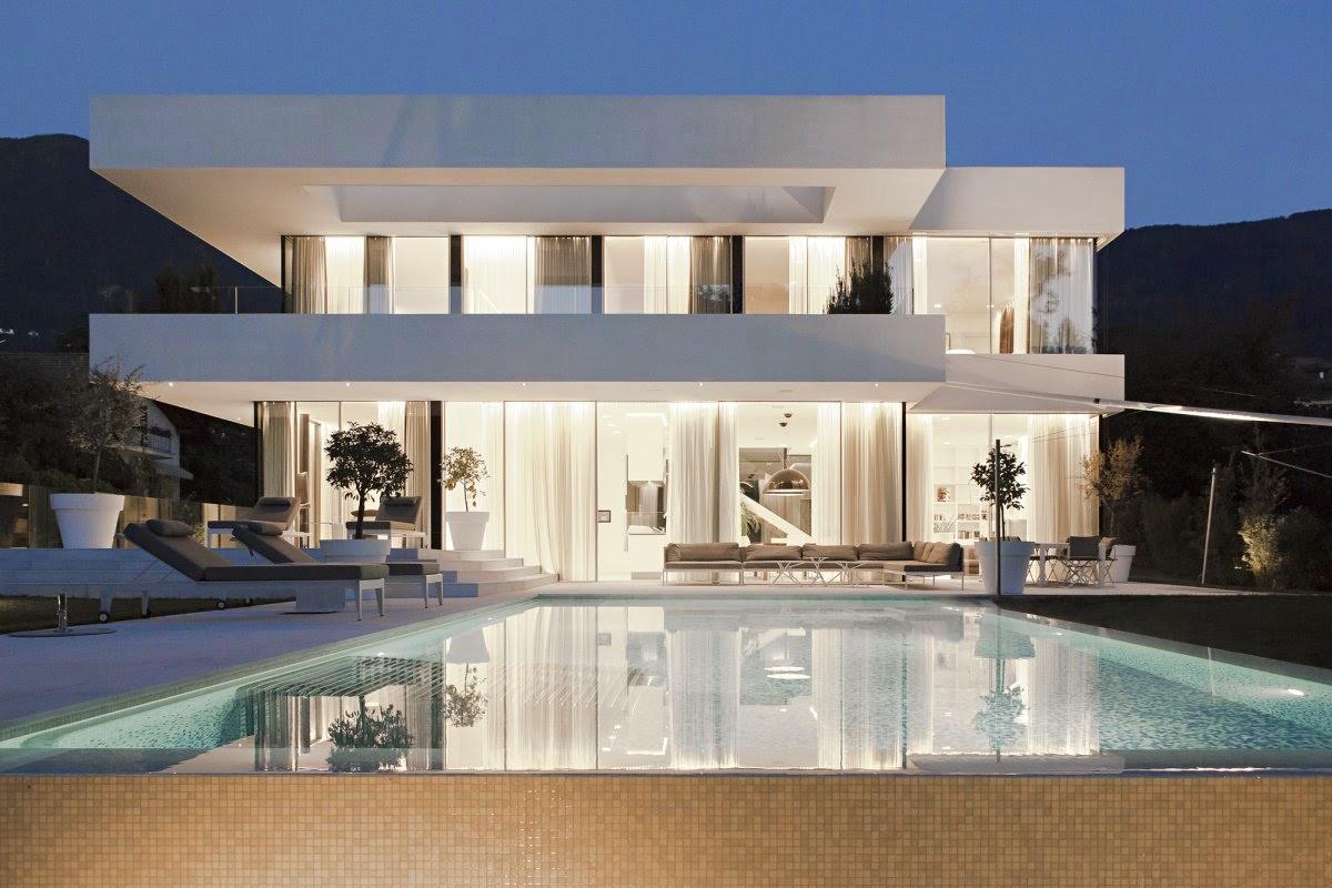Rumah Minimalis Kaca Modern