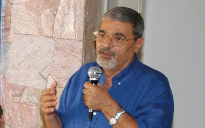 Pedro Tobias - Um Asno