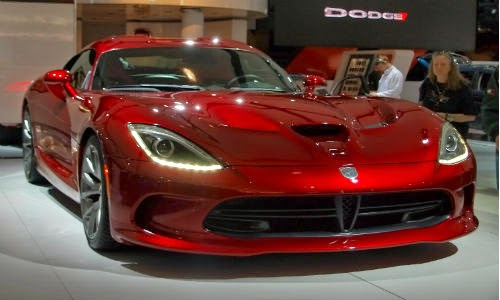 super car dodge viper