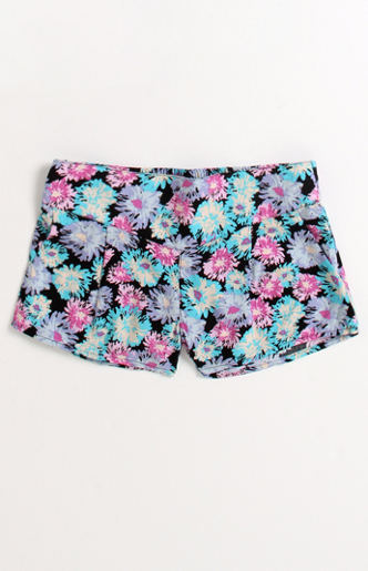 Shannon's World of Beauty: Patterned shorts