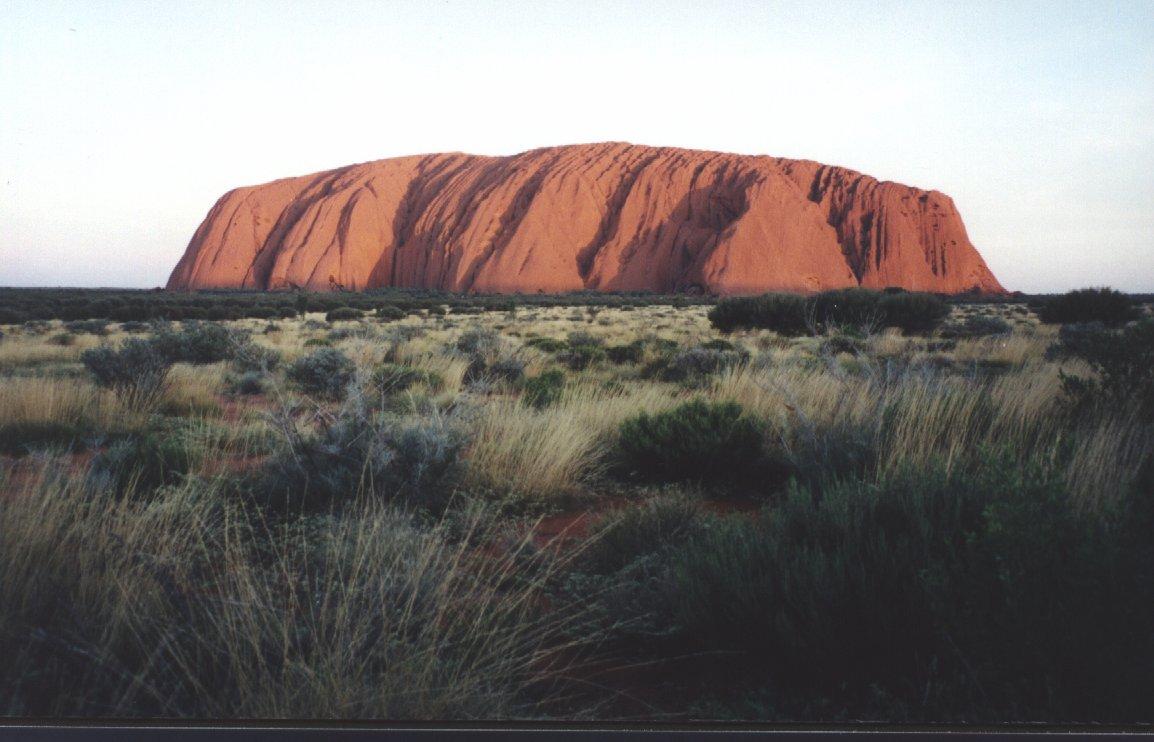 2001, Uluru (Australia)
