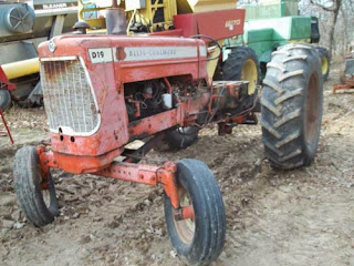Allis Chalmers D19 tractor parts