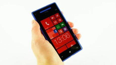 Cara Menjaga Handphone Touch Screen