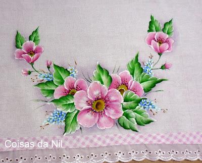 """""""pano de copa com flores pintadas, flores cor de rosa"""""""
