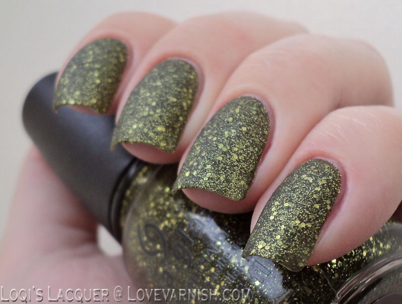 China glaze It's alive