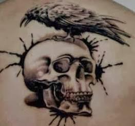 Fotos de tattoos de caveira com passaros