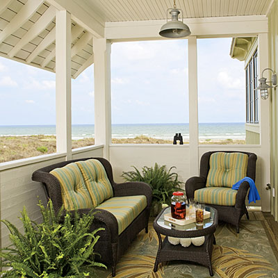 Mix and chic home tour a light and airy beach retreat for Beach house designs living upstairs