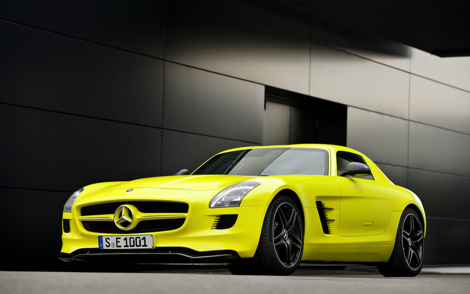 All sports cars sports bikes hd wallpapers of all type for All types of mercedes benz cars